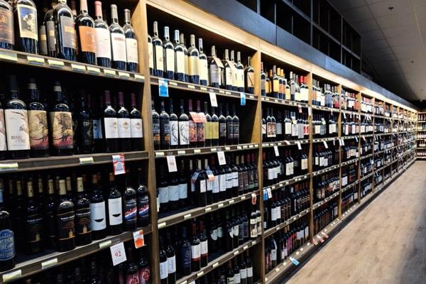 Viking Wine Aisle